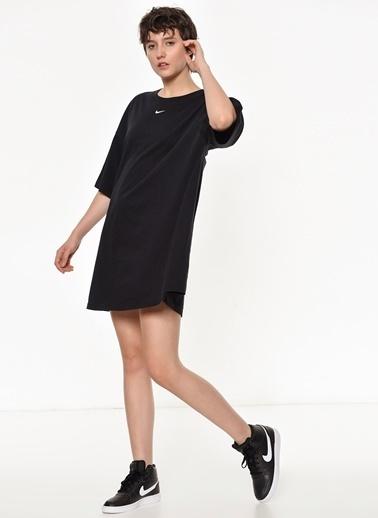 Nike Spor Elbise Siyah